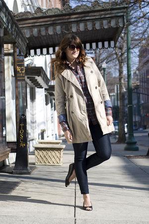 beige Old Navy coat - blue TJ Maxx jeans - black vintage shoes - orange husbands