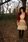 Red-sweater-beige-forever-21-dress-black-h-m-tights