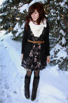 tawny vintage belt - dark brown vintage belt - navy Urban Outfitters dress