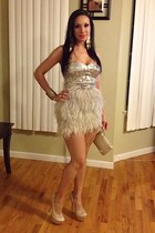 cream feathers Bebe dress - cream Bebe heels