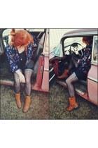 dark gray polka dot tights tights - burnt orange leather boots boots