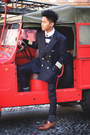 Tawny-leather-zara-shoes-navy-zara-sweater-navy-airforce-vintage-blazer