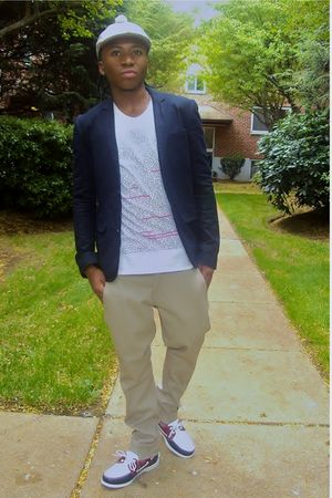 vintage hat - Zara blazer - H&M t-shirt - Topman pants - Sebago Spinnaker shoes