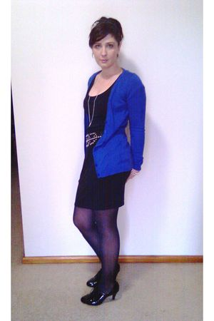 blue Valleygirl cardigan - black supre skirt - black Temt belt - black Target Au