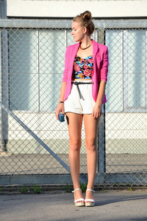 pink H&M blazer - clutch thrifted vintage bag - crochet H&M shorts