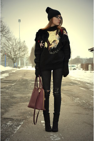 gold vintage sweater - black H&amp;M boots - oxblood credi bag