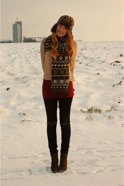 Pimkie sweater - Deichmann wedges