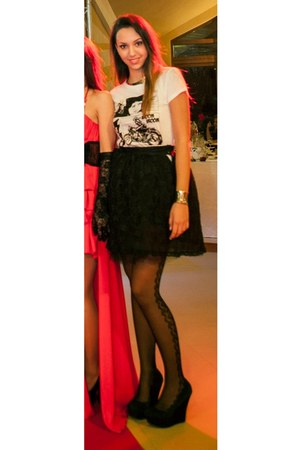 black lace Adina Junc skirt - silver metal H&amp;M necklace