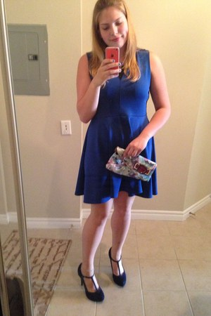 blue unknown dress - neutral Guess bag - navy Aldo heels