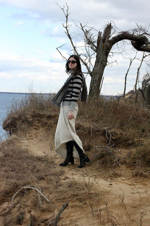 black lace-up boots Fiorentini & Baker boots - heather gray striped sweater Jcre
