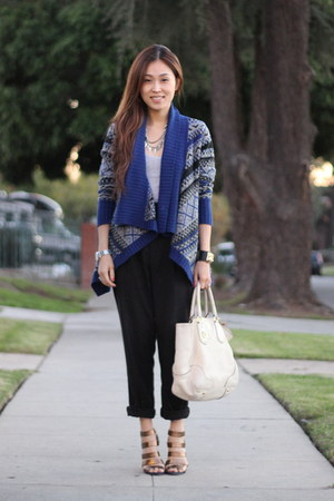blue tribal sweater H&amp;M sweater - black Zara pants