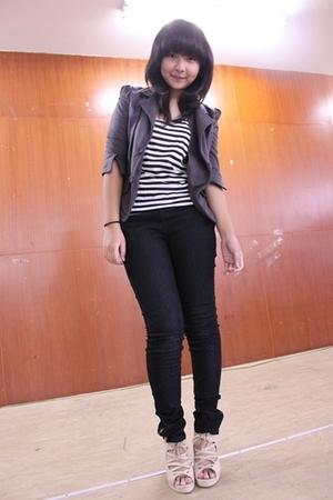 beige Miint Creation shoes - gray pink label blazer - black Unbranded Zippered J
