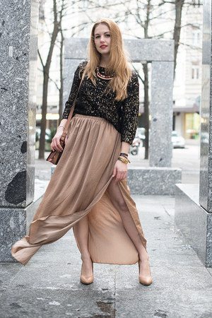 tan Zara skirt