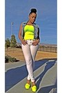 White-american-eagle-jeans-yellow-h-m-top-light-blue-forever-21-vest