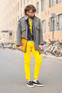 Mustard-moschino-jeans-topshop-jacket-banana-asos-sweater