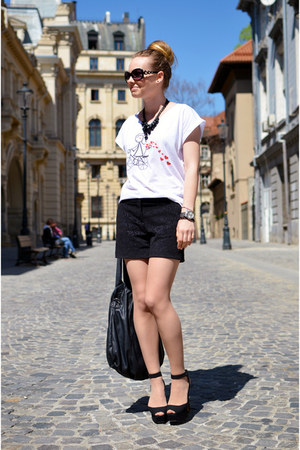 black Lefties shorts - black Zara sandals