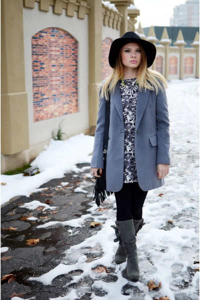 BLANCO bag - Tino González boots - Lefties dress - H&M hat - New Yorker blazer