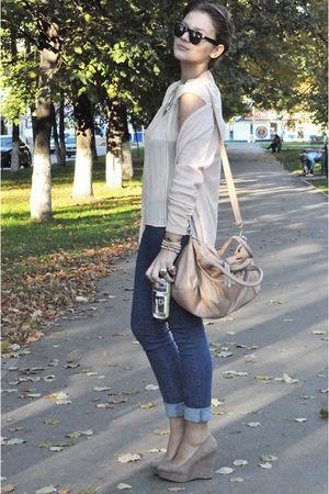 beige H&M cardigan