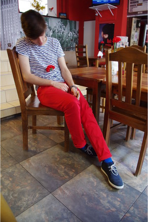 navy Zara shoes - blue H&amp;M socks - ruby red shocking red H&amp;M pants - navy stripe
