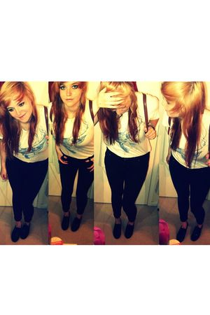 beige Topman t-shirt - black Primark leggings - black River Island shoes - brown