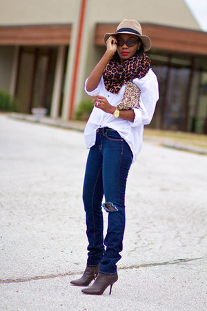asos hat - Gucci boots - J Brand jeans - H&M shirt - Zara bag