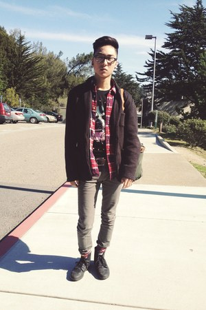 ruby red American Eagle shirt - black Zara cardigan