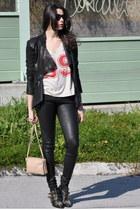 red Leon & Harper t-shirt - black Chloe boots - cream Celine bag