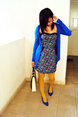 blue cotton on cardigan - black Hula &amp; Co dress - blue from malaysia shoes - whi