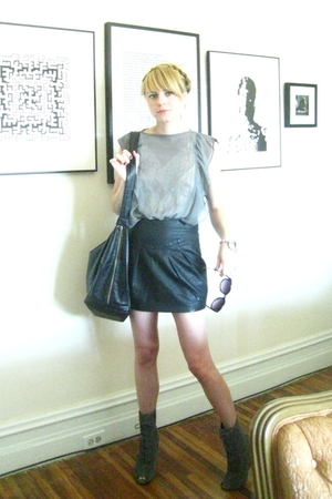 Forever 21 skirt - vintage sunglasses - intimate - Target blouse - H&M purse - U