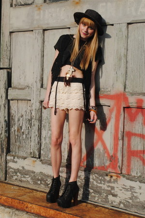 Urban Outfitters hat - Forever 21 shorts