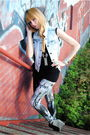 Forever-21-leggings-vest-deena-and-ozzy-shoes-h-m-dress