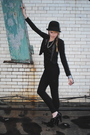 Black-forever-21-blazer-h-m-hat-forever-21-pants
