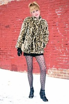 leopard vintage jacket - black Forever 21 shoes - Urban Outfitters tights