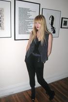 top - Forever 21 vest - Forever 21 pants - belt - Deena & Ozzy shoes - necklace