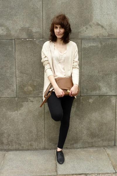 H&M shoes - H&M purse - H&M jumper - H&M t-shirt