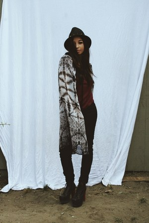 black Raviya dress - black BDG jeans - black Deena & Ozzy hat