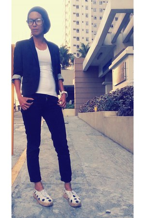black G2000 woman blazer - shoes - skinny black jeans