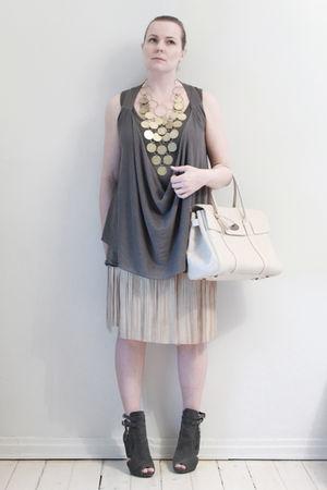 white Mulberry purse - gold H&M necklace - gray Vero Moda vest - gray American A