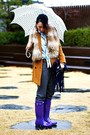 Deep-purple-rain-hunter-boots-burnt-orange-club-monaco-coat