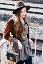 dark brown vintage hat - camel Secondhand jacket - heather gray olive shirt