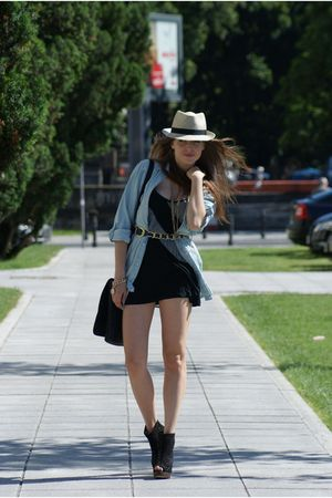 Zara blouse - Vero Moda dress - Bershka shoes - c&amp;a hat - H&amp;M necklace