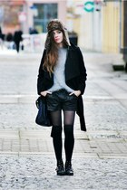 black Stradivarius boots - black Zara coat - light brown Secondhand hat