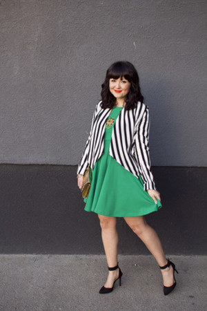 H&M jacket - emerald green Onze Boutique dress - Brechelles heels