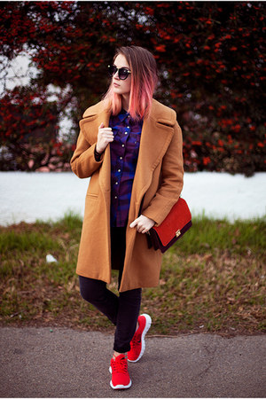 oversized Zara coat - purple Levis shirt - red nike sneakers