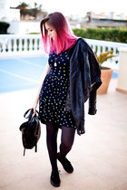 Anchor print dress and pink hair