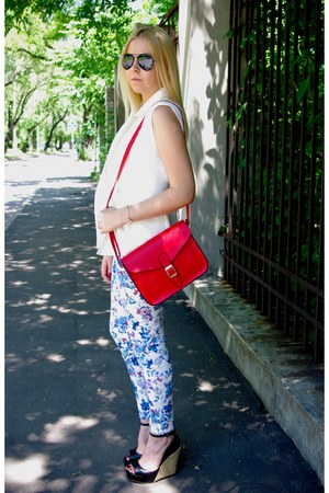red tbdress bag - blue tbdress jeans - black ray-ban sunglasses