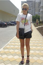 Black-persun-bag-black-sheinside-shorts-black-ray-ban-sunglasses