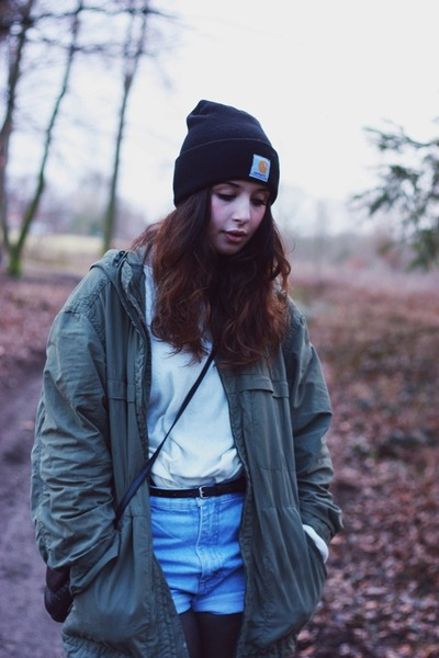 Carhartt hat - H&M jumper