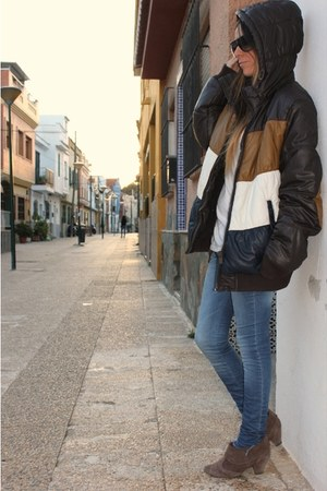 dark brown Bershka man jacket - dark brown Stradivarius boots