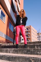 black Zara vest - red Springfield pants - black Amisu shirt - black Parfois boot